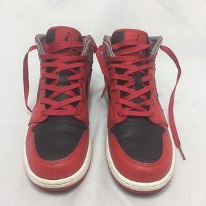 Jordan 1 size 5.5